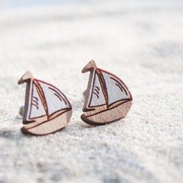 Holzohrstecker Segelschiffchen