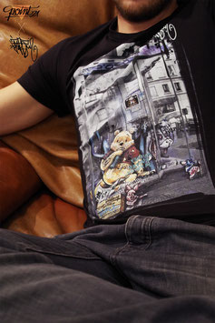 "T-shirt Homme "" Winnie The Poor : Homeless in Paris """