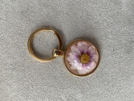 Schlüsselanhänger aus den Blüten Deines Brautstraußes