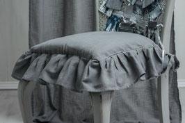 Julia Stuhlkissenbezug frost grau 42x42cm (+12cm Rüsche)