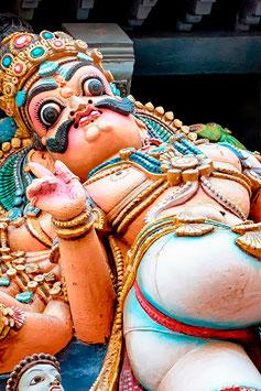 XVIII ème..........?? Déjà les strings  ...       .Détail  (Madurai, Meenakshi Temple)     par Mateo Brigande
