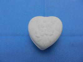 Herzdose  mit Verzierung