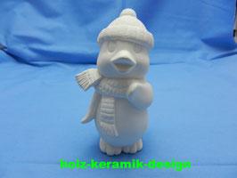 Schrühware Pinguin mit Schal u. Mütze