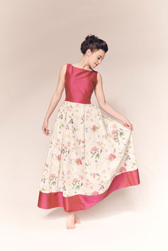 Kleid Crysanthem, geblümte Baumwolle und pinke Seide