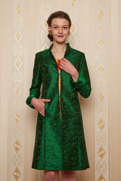 Mantel Gundi, grün, bestickte Seide