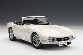 1967 Toyota 2000 GT Cabrio white 1:18