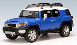 2006 Toyota FJ-Cruiser blue-white 1:18