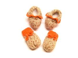 Babyhandschuhe und Babyschuhe - Babyset aus Wolle handgestrickt - Landhaus-Baby