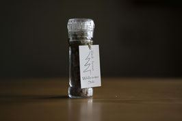 Wildkräuter Salz