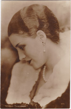 Norma Shearer. French postcard 335