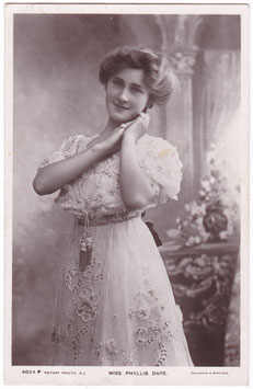 Phyllis Dare. Rotary 4824 P