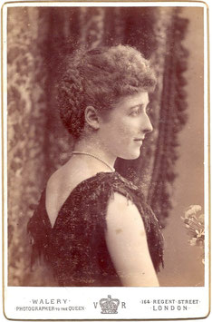 Edith Lane-Fox. Walery cabinet photo
