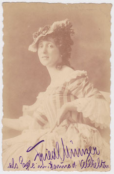 Friedl Münzer. Signed postcard
