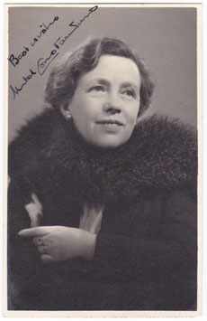 Mabel Constanduros. The Buggins Family. Signed postcard