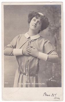 Marie Studholme. Beagles 744