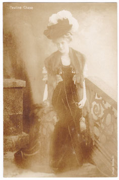 Pauline Chase. Aristophot