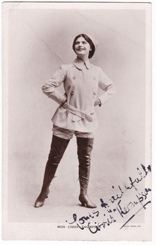 Cissie Thompson. Comedienne, singer. Signed postcard