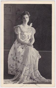 Edith Coates. Mezzo-soprano. Signed postcard