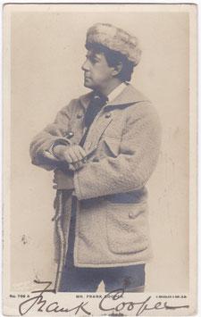 Frank Cooper. Beagles 769 A. Signed postcard