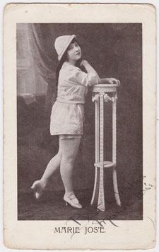 Marie Jos'E. Soubrette comedienne. Signed postcard