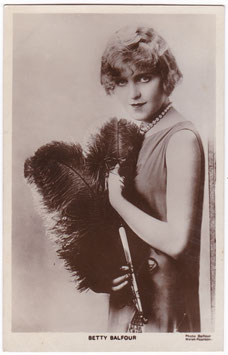 Betty Balfour. Picturegoer 226