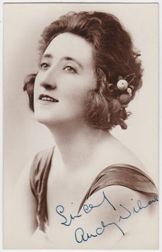 Audrey Wilmore. Vocalist. Signed postcard