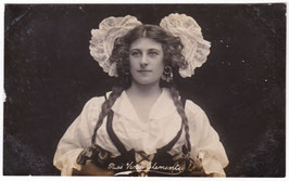 Venie Clements. Comedienne and dancer