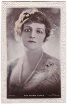 Gladys Cooper. Beagles 302 V