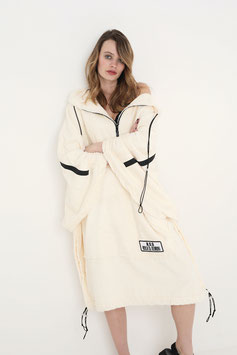 NORTH OF GERMANY SPECIAL AVANTGARDE BEACH & LIFESTYLE FROTTEÉ PONCHO NUDE DONT ASK ME