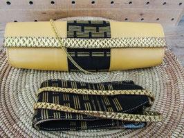 ceintures en pagne tissé avec laniéres en cuir