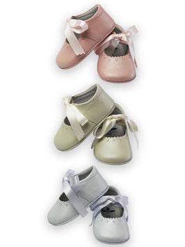 Babyschuhe mit Satinschleife Nr. 928