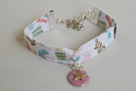 Bracelet enfant fillette tissu liberty breloque étoile & rose - idée cadeau anniversaire noël fille bijou artisanal