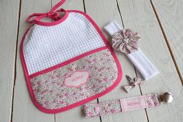 cadeau de naissance tissu liberty Eloïse rose broderie prénom bébé fille  : bavoir, bandeau bébé, attache tétine prénom et barrette
