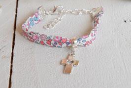 Bracelet liberty Eloise corail croix argenté pour baptême, communion, confirmation