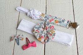Ensemble cadeau naissance bébé fille Liberty besty Porcelaine + attache tétine prénom + 2 minis barrettes
