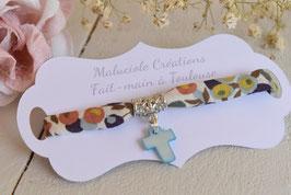 Bracelet liberty whiltsire vert avec croix nacre bleue pour baptême, communion, confirmation