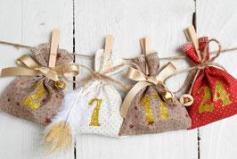 Calendrier de l'avent Noël réutilisable - Déco champêtre sachet tissu rouge blanc doré jute étoile paillette