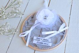 Porte alliance personnalisé mariage champêtre vintage bohème tambour bois dentelle