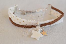 Bracelet enfant Noël - Tissu Ecru Pois Or Bronze - Breloques étoiles