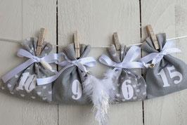 Calendrier de l'avent Noël réutilisable en tissu lin gris blanc