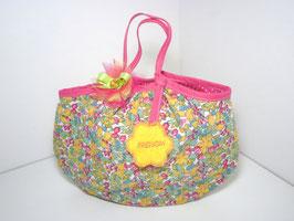 Sac enfant prénom, tissu fleurs, idée cadeau original pour noël, anniversaire à personnaliser broderie prénom fillette