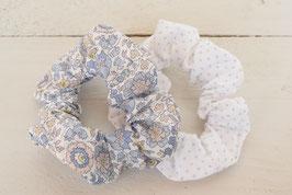 Chouchou cheveux en tissu - Lot de 2 : liberty bleu + blanc à pois argenté