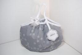 Sac enfant prénom gris et blanc / sac pour petite fille forme boule, idée cadeau de noël, anniversaire...