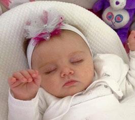 bandeau baptême bébé enfant fille blanc fleur tulle blanche rose fuchsia paillette baptême cérémonie