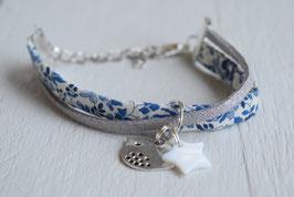 Bracelet enfant fillette tissu liberty katie and millie bleu breloque oiseau et étoile nacrée - idée cadeau anniversaire noël