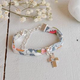 Bracelet liberty Betsy croix argenté pour baptême, communion, confirmation