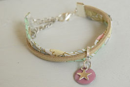 Bracelet enfant fillette tissu liberty Daisy pastel sequin étoile rose- idée cadeau anniversaire noël fille bijou artisanal
