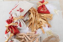 Calendrier de l'avent Noël artisanal et réutilisable - Sachet à remplir en tissu rouge beige doré jute paillette