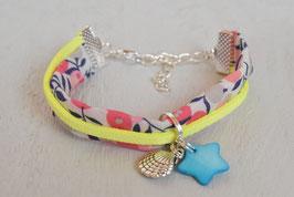 Bracelet liberty enfant fille tissu  liberty whiltshire corail & jaune fluo/ étoile et coquillage / idée cadeau anniversaire noël