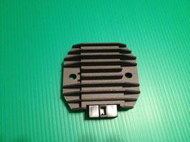 ゼファー750 バリオス2 ZXR レギュレター/レクチ